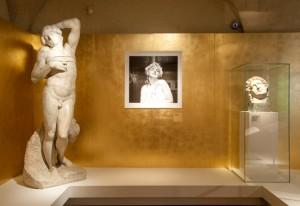 зал выставки Монро Музей Феррагамо