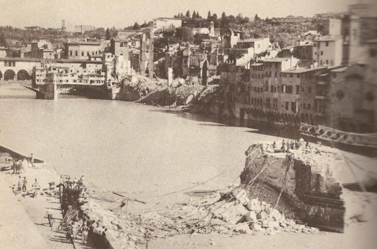 1944 - Ponte S. Trinita und Ponte Vecchio