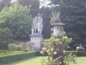 Visiting gardens and villas in florence for Giardino torrigiani