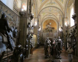 Музей-Стибберт-кавалкада и доспехи