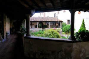 Фьезоле-дворик-Сан-Франческо