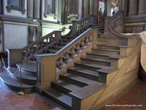 лестница библиотека лауренциана