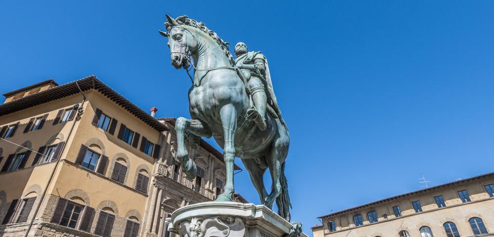 Cosimo I Medici in Piazza Signoria a Firenze