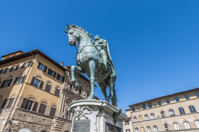 canstockphoto17781941 Giambologna, Monumento Cosimo I , Piazza della Signoria